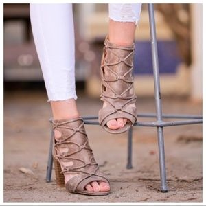 Shoes - JUST RESTOCKED! Taupe Open Toe Criss Cross Bootie